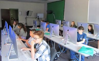 A group of students in a computer lab
