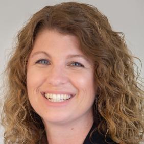 Francie Babik '04 MBA '10