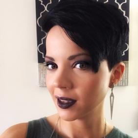 Head shot of Melissa Roseman