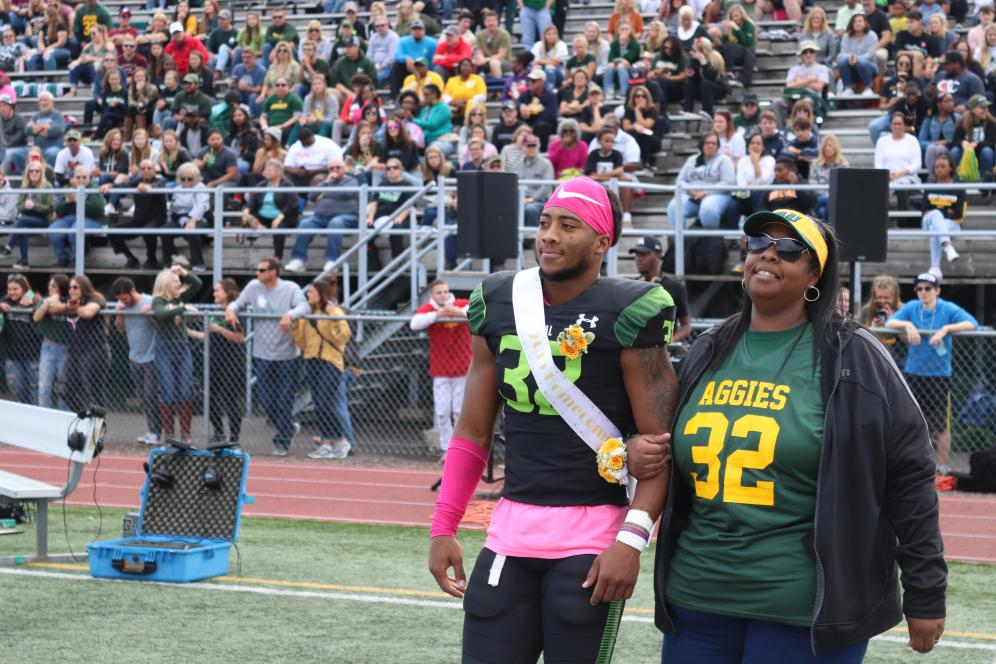 Del Val football player and mother.